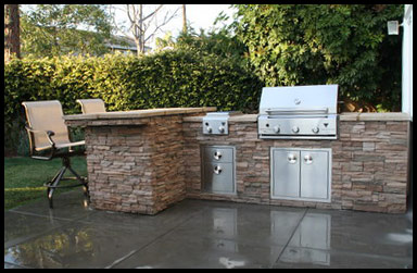 Outdoor-Kitchen-Patio